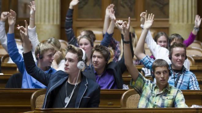 Jungparteien leisten politische Integration und bekommen dafür Geld vom Bund. Foto: KEYSTONE/Peter Klaunzer