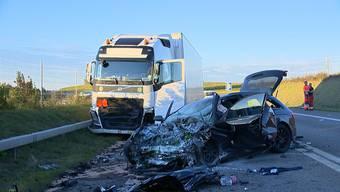 In Adlikon bei Andelfingen kam es am Freitagabend zu einem schweren Verkehrsunfall.