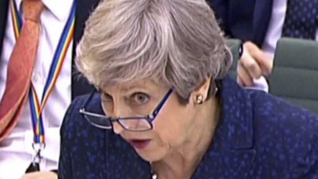 Wenn sie sich mit dem Brexit nicht ihr eigenes politisches Grab schaufelt... Premierministerin Theresa May im britischen Unterhaus in London (Aufnahme vom 1. Mai 2019).