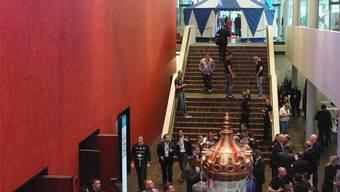 Die Firma Coresystems AG aus Windisch holte letztes Jahr Kunden aus der ganzen Welt in den Campussaal und veranstaltete einen richtigen Zirkus.