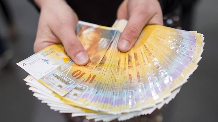 Das bedingungslose Grundeinkommen wird wieder ein Thema für die Politik: Der Zürcher Kantonsrat hat einen entsprechenden Vorstoss unterstützt. (Symbolbild)