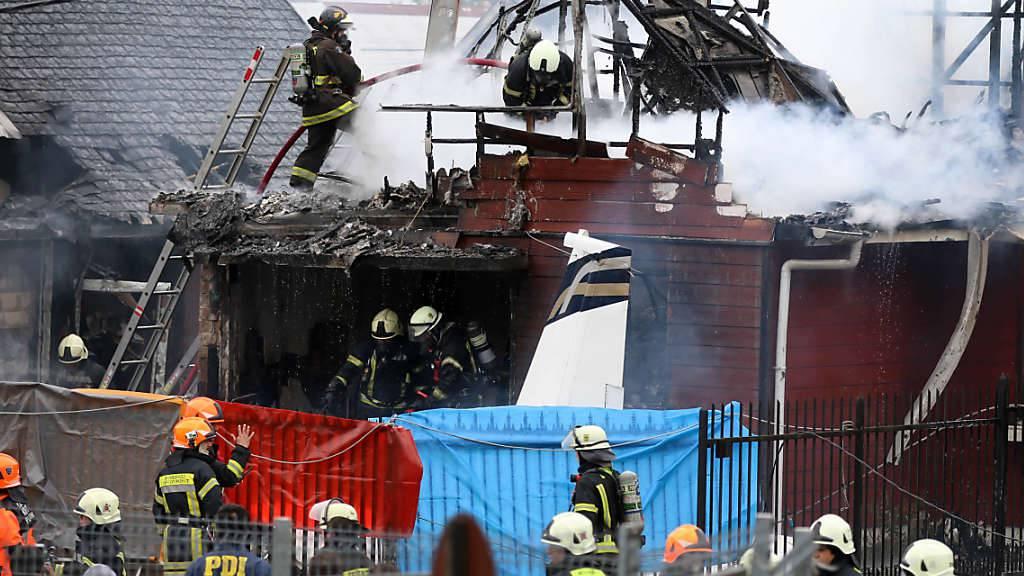 Die vollgetankte Maschine stürzte kurz nach dem Start auf das Haus in der chilenischen Hafenstadt Puerto Montt.