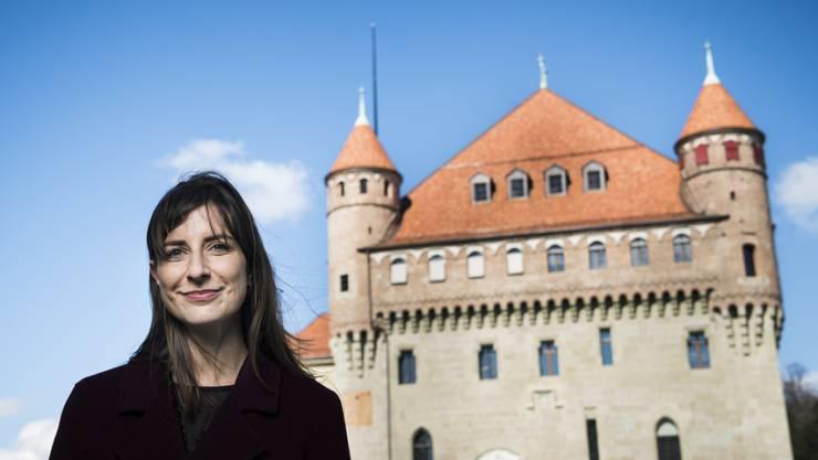 Die frisch gewählte Staatsrätin Rebecca Ruiz vor dem Château Saint-Maire in Lausanne, ihrem künftigen Arbeitsort.