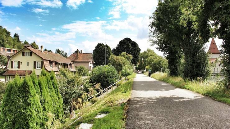 Diese Häuser an der Erlinsbacherstrasse wird die IBAarau wegen des Kraftwerkneubaus abreissen.