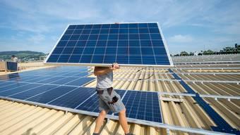 Die Solarenergie soll gefördert werden, findet die Mehrheit der Befragten.