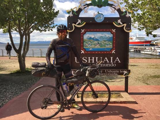 Nach knapp 98 Tagen in Ushuaia am Ziel angelangt.