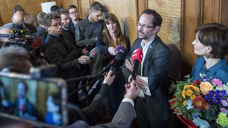 Balthasar Glättli, Fraktionspräsident der Grünen, bei der Präsentation von Bundesratskandidatin Regula Rytz, die einen FDP-Sitz angreifen will.