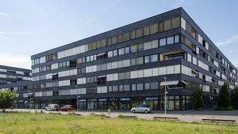 In Basel-Stadt ist das Angebot an freien Wohnungen trotz vieler Neubauten weiterhin knapp. Die Leerwohnungsquote beträgt ein Prozent. (Archivbild)