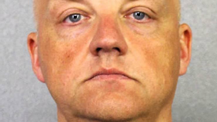 VW-Manager Oliver Schmidt sitzt in den USA in Haft. Nun hat er ein Geständnis abgelegt. Das Bild zeigt ihn im Januar 2017.