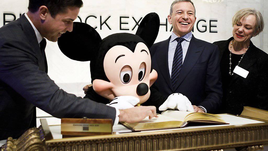 Das Unterhaltungsunternehmen Walt Disney will einem Insider zufolge grosse Teile des Medienunternehmens Twenty First Century Fox inklusive dessen Filmstudios übernehmen. (Archivbild)