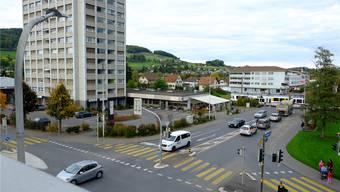 Wichtiges Themenfeld ist die Verkehrsentwicklung: Innerhalb der Region ist die Reinacher Hochhauskreuzung der am stärksten belastete Knoten. Der Kanton bearbeitet derzeit ein Projekt zum Umbau des Knotenpunkts.