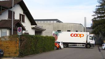 Lieferanten müssen heute beim Coop Biberist mit engen Platzverhältnissen zurechtkommen.