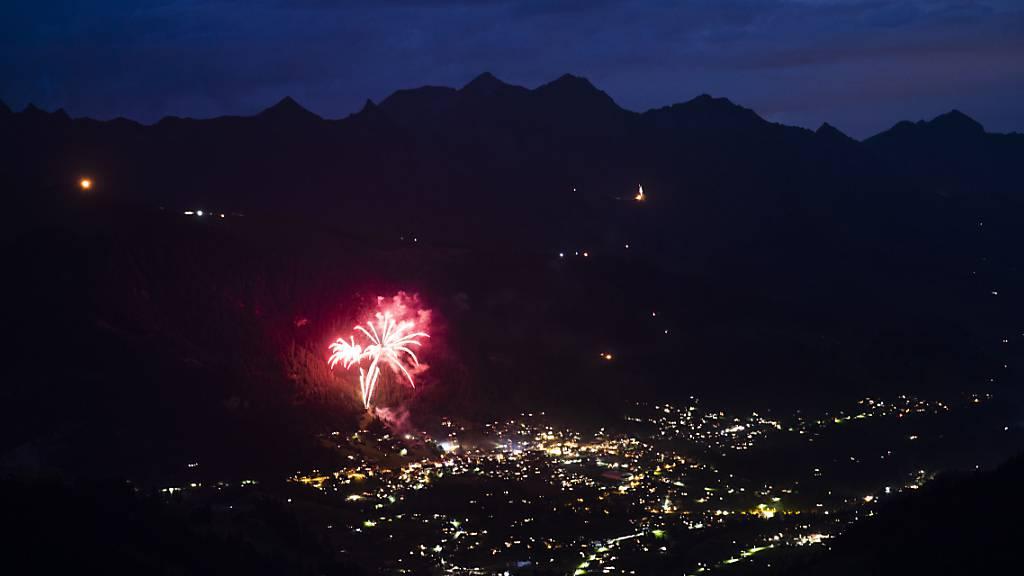 Feuerwerk gab es zur Begrüssung des Jahres 2021 in der Nacht auf Freitag nur vereinzelt. (Symbolbild)