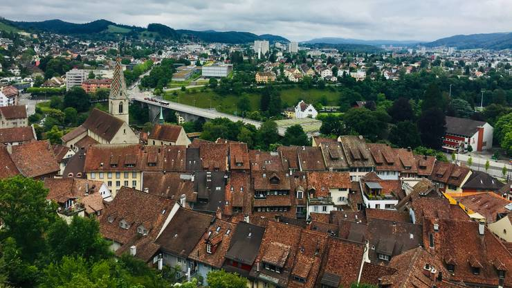 Wie weit reicht der Horizont von der Ruine Stein aus? Das Team Baden etwa strebt dereinst eine Regionalstadt an.