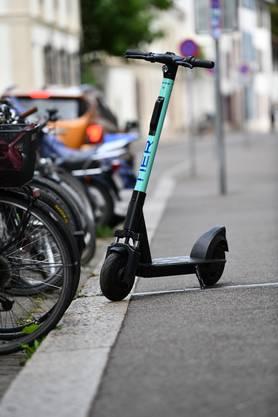 Fünf E-Trotti-Anbieter gibt es alleine in Basel-Stadt. Dazu gehört Tier, ...