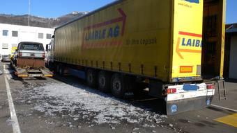 Gefährliche Fracht: Lastwagenchauffeur hatte Eisplatten gebunkert