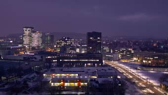 Mehr Geld für Personal, Solarenergie und Schule Kurz vor Weihnachten hatte sich das Zürcher Stadtparlament in Spendierlaune gezeigt. (Archivbild)