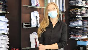 Verkäuferin Anna Gloor findet die Maskenpflicht nötig.