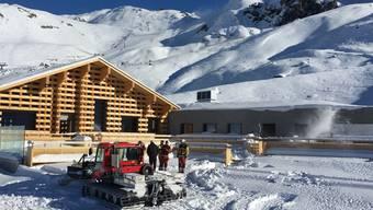 """Ein Mottbrand in der neuen """"Mottahütte"""" im Skigebiet Arosa Lenzerheide richtete grossen Sachschaden an."""