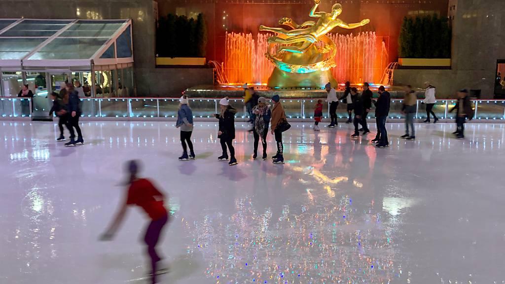 Eislaufbahn am Rockefeller Center in Pandemie kürzer geöffnet