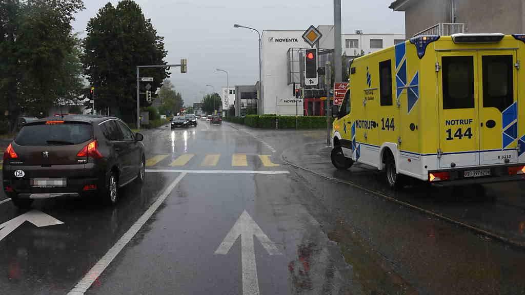 Rotlicht missachtet – 10-jähriger Velofahrer von Auto angefahren