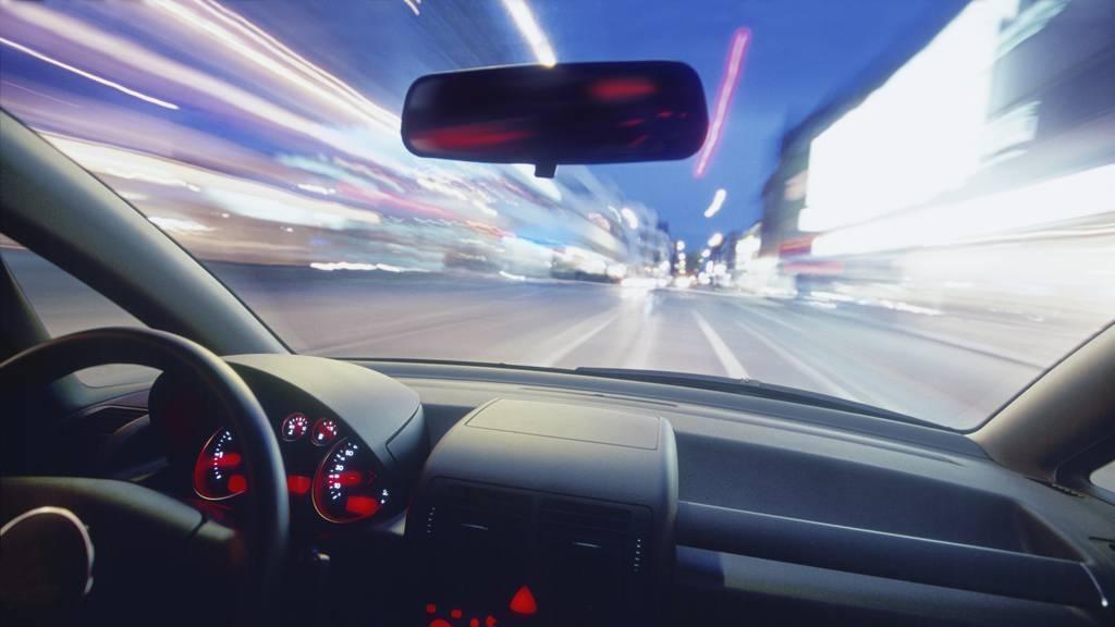 160 km/h im 80er: Autofahrer war doppelt so schnell unterwegs