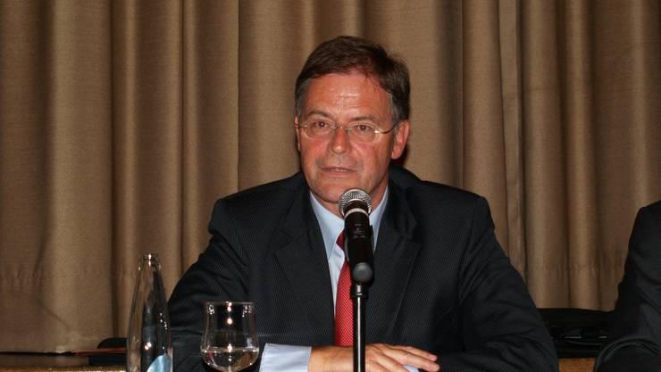 Schweigt: Walter Dubler will isch vorerst nicht zu den Maulkorb-Vorwürfen äussern. (Andrea Weibel)