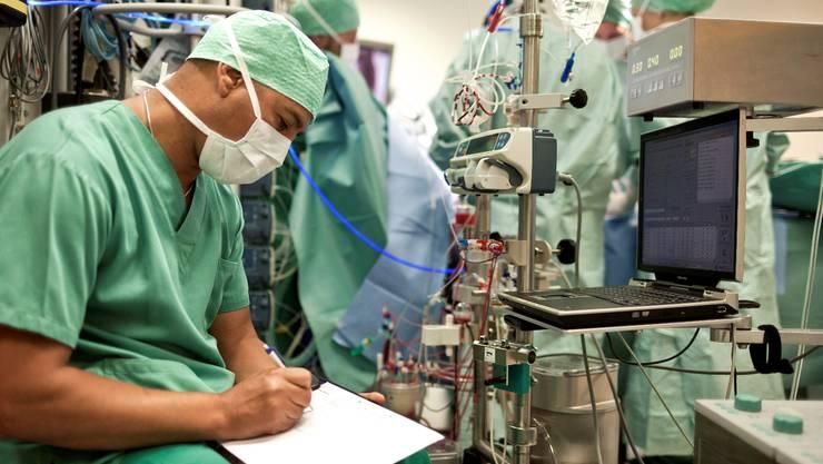 Behandlungen mit dem Herzkatheter sollen künftig auch in Solothurn möglich sein