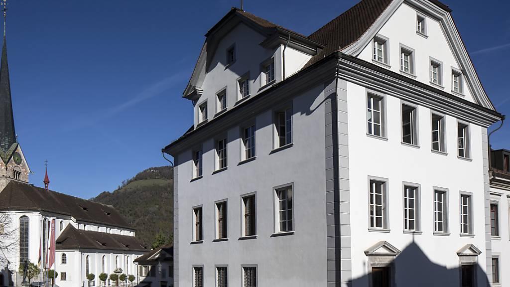 Das Gerichtsgebäude im Nidwaldner Hauptort Stans: Die Gerichte sollen ihre ressourcenschonende Praxis handhaben können, findet der Landrat. (Archivaufnahme)