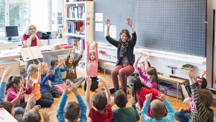 Oliver Dlabac und Judith Hangartner: «Gerade auf lokaler Ebene sind grosse Umwälzungen im Gange, welche grundlegende Fragen zur demokratischen Verankerung der Volksschule aufwerfen.» (Archivbild)