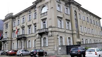 Blick auf das Bundesstrafgericht in Bellinzona: Ein Ex-Ems-Chemie-Mitarbeiter wurde freigesprochen