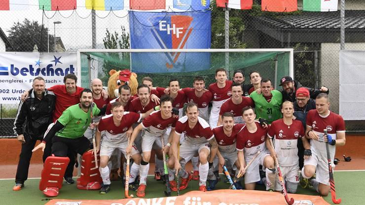 Rotweiss feiert den dritten Rang am Europacupturnier.