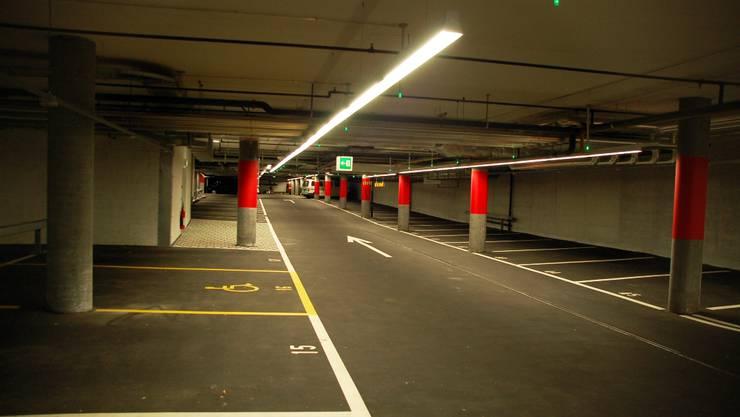 Leere Kurzzeit-Parkplätze