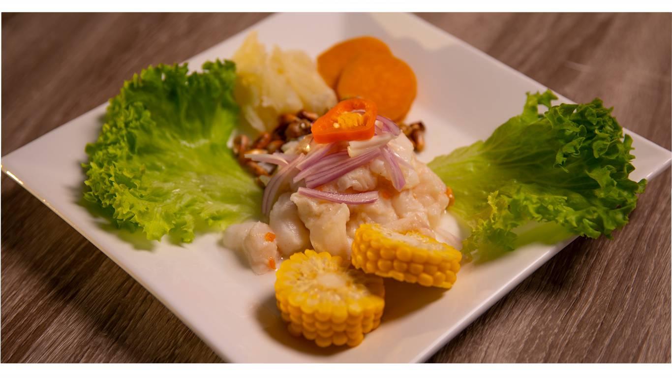 Ceviche an Zitronensaft-Marinade