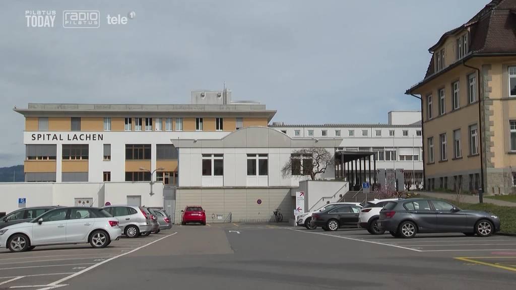 Der Kanton Schwyz kämpft mit Zürcher Impf-Dränglern