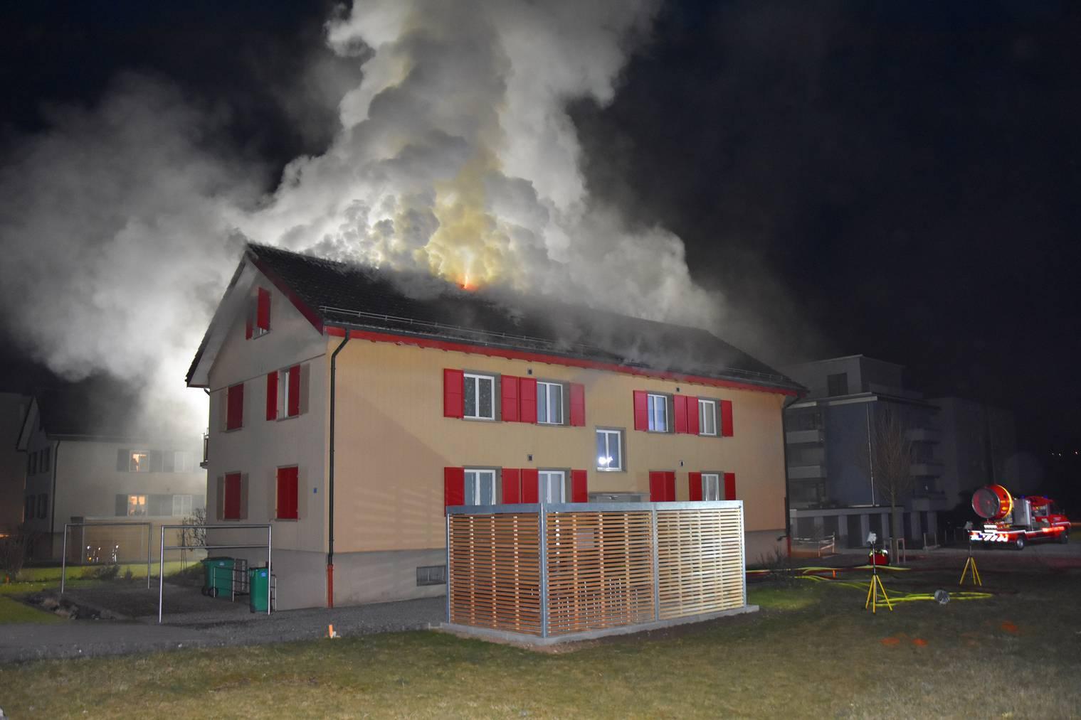 18_2021 Foto 1 Dachstockbrand in Stans