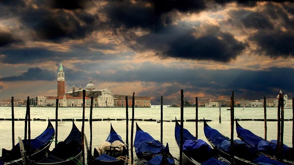 Klares Wasser in Venedig