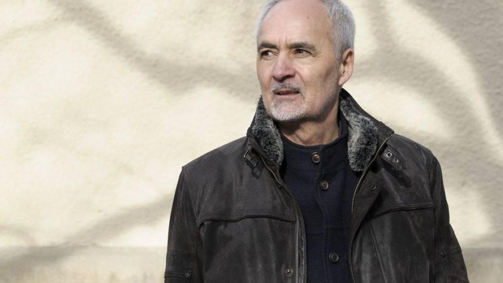 """Der Roman """"Dunkelheit in den Bergen"""" des Bündner Autors Silvio Huonder wird verfilmt. (Archivbild)"""