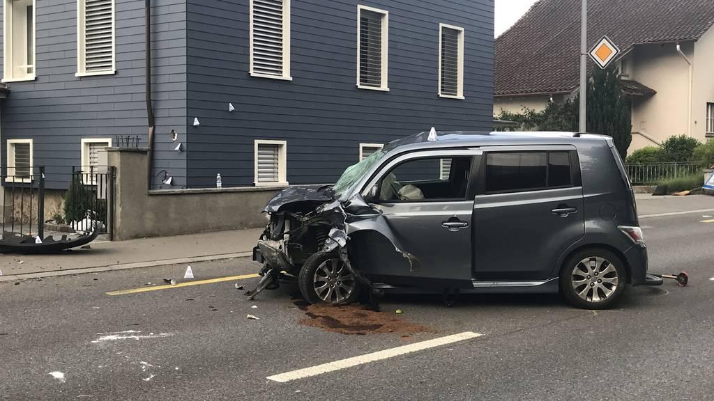 Arth SZ: Schwerer Unfall mit vier Verletzten