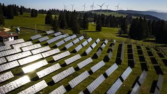 Die Fotovoltaik-Module auf dem Mont-Soleil sind widerstandsfähiger als erwartet. (Archivbild)