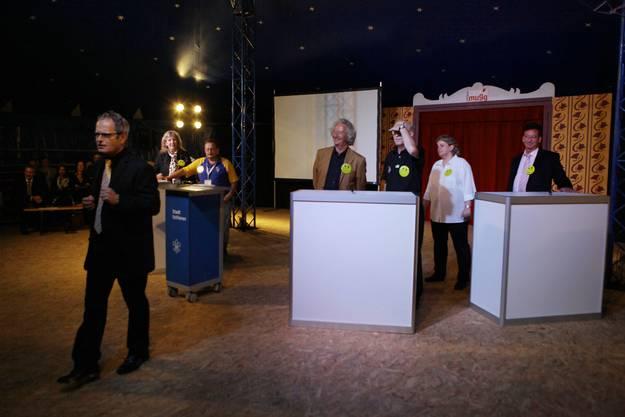Talk-Runde im Zirkuszelt