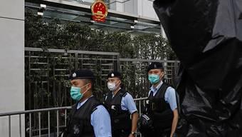 EU-Politiker wollen nicht einfach hinnehmen, dass China in Hongkong die Daumenschrauben in Richtung weniger Freiheit weiter anzieht. (Symbolbild)