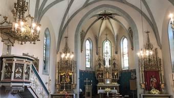 Die neugotische Innenausstattung aus dem Jahr 1901 kommt nach der Renovierung wieder voll zu Geltung.