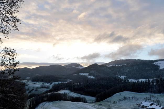 Pünktlich zu Jahresbeginn gibt s ein bisschen Schnee.  Blick ins Wasserfallengebiet.