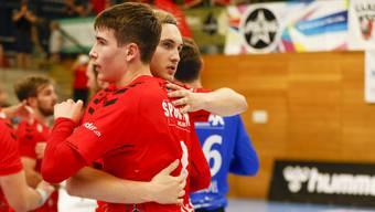 Manuel Zehnder (vorne) und Daniel Parkhomenko haben auch nach dem fünften Heimspiel der Saison Grund zum Jubeln.