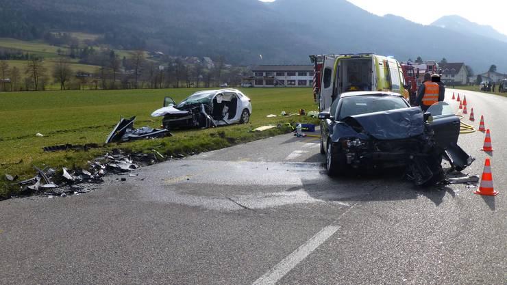 Zwischen Matzendorf und Laupersdorf ist es am Dienstagnachmittag zu einer Frontalkollision gekommen.