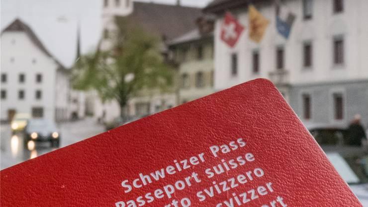 SVP-Grossrat Christoph Riner fordert vom Regierungsrat eine temporäre Notverordnung.