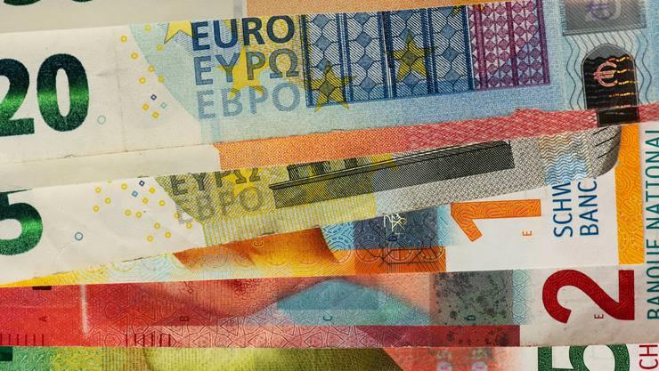 Trotz Pandemie hat eine Mehrheit der Unternehmen die Währungsrisiken nicht abgesichert.  (Symbolbild)