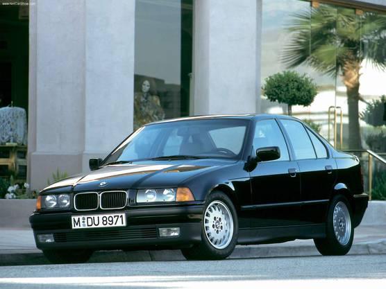 Der 3er BMW der E36-Baureihe kam in völlig neuem Design daher.