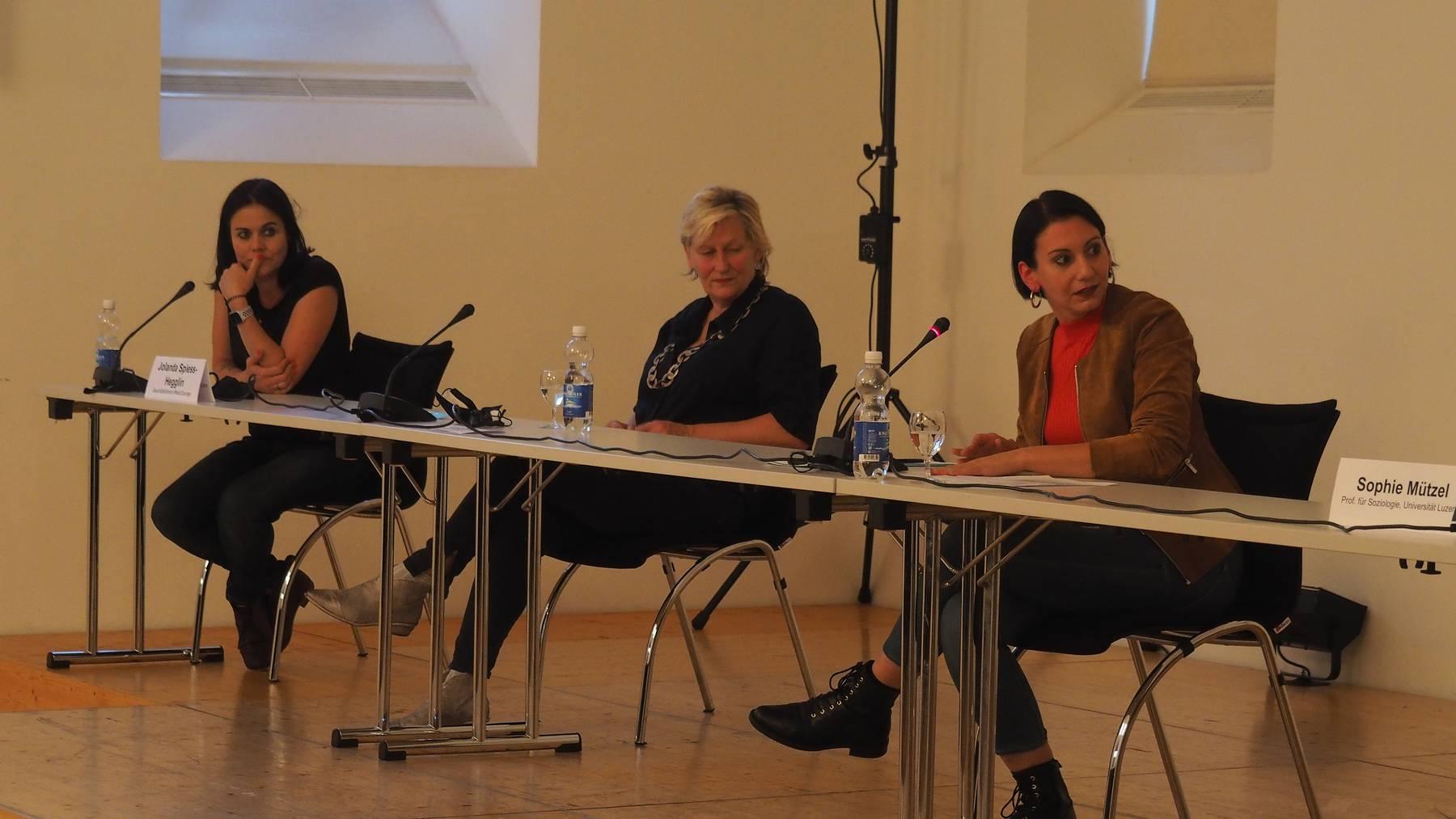 Veranstaltung Frauen und Medien, im Rahmen 50 Jahre Frauenstimmrecht